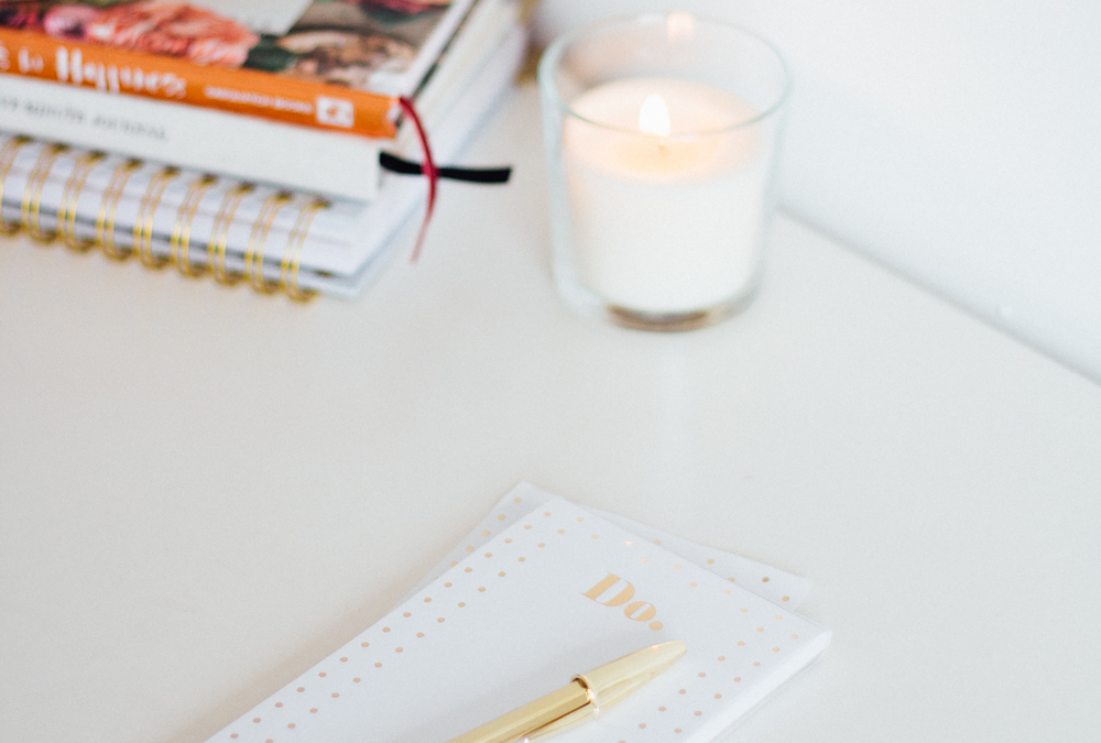 June Goals | Setting small goals boosts our motivation and means a better chance of actually accomplishing them. Click through & find mine!
