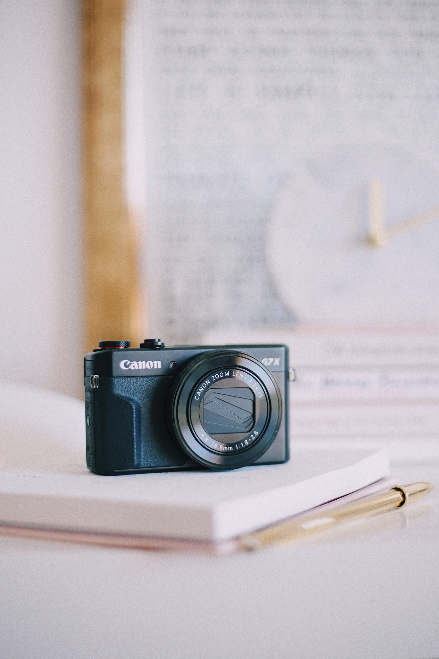 6 Mistakes You're Probably Making With Your Blog Photography. Blogging Advice // Notes from Joana